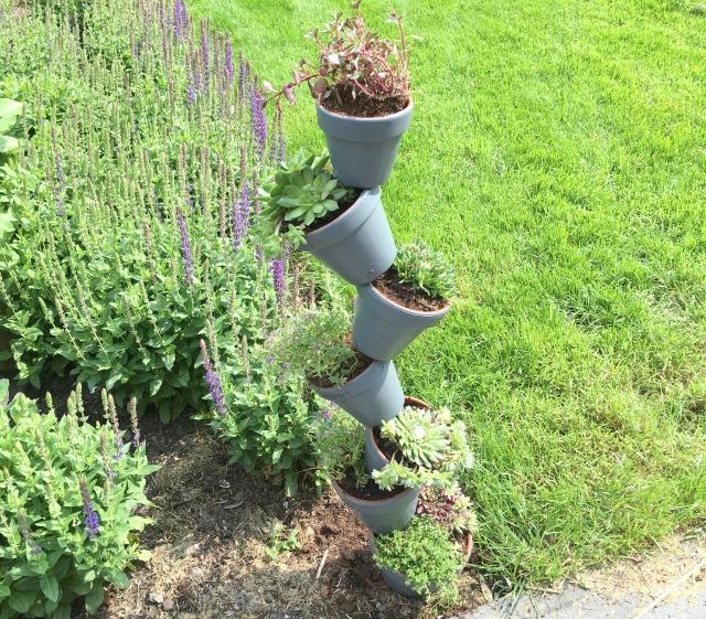 DIY; Plantenhouder voor in de tuin