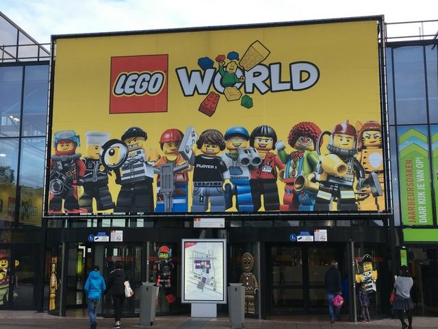 Zwemmen in de LEGO; onze dag bij LEGO World