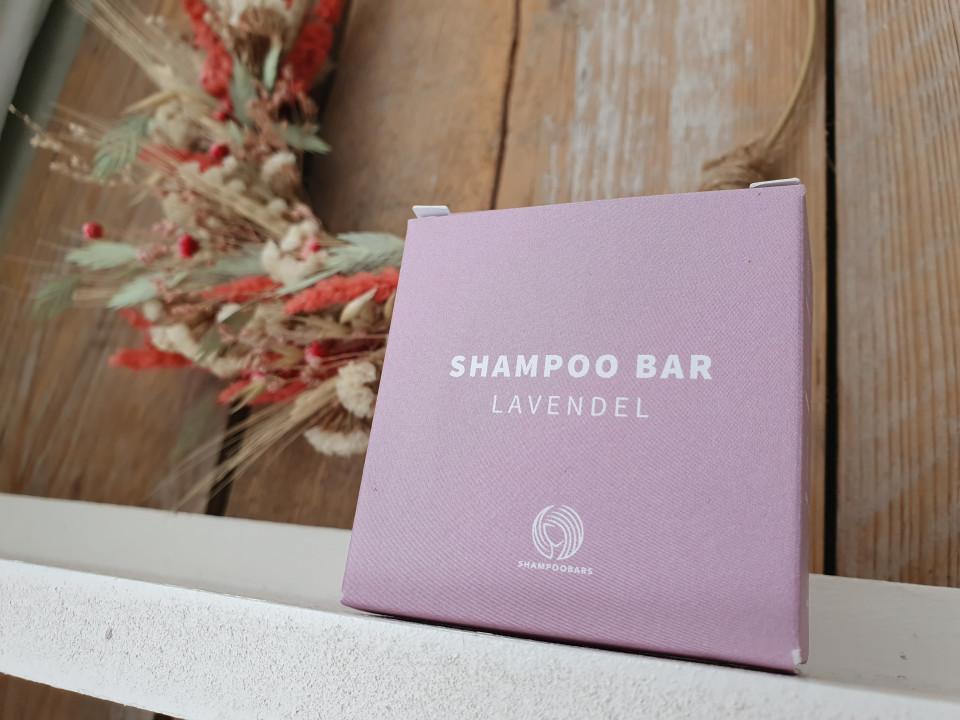 Benieuwd wat shampoo bars zijn, hoe ze werken en waarom ze steeds populairder worden? Je leest alles over de shampoo bar in deze blog!